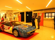Une ART CAR FERRARI au 17ème édition de Art Shopping